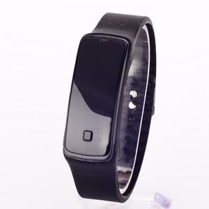 CALIENTE nuevo diseño de moda brazalete espejo plano Pantalla táctil LED reloj para hombre reloj de pulsera Sport Candy Color Silicona niños Reloj Digital