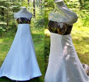Vestidos de novia de camuflaje blancos Sin tirantes con cordones con tren de la capilla del bosque Vestidos de novia únicos modestos 2019 Imagen real Vestido de novia de camuflaje m6