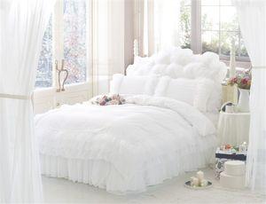Toptan-Kore Tarzı Prenses Dantel Yatak Takımları% 100% pamuk kraliçe Kral 4 adet Yatak Örtüsü Çarşaf Bedskirt Nevresim