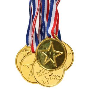 Nuovo arrivo 1pc Gold Plastic Medals Vincitori Sports Party Prize Bambini Bambini Premi Giocattoli ordine $ 18no track
