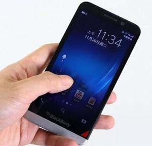 Orijinal BlackBerry Z30 5.0 inç LCD Kapasitif BlackBerry OS 10.2 Qualcomm Snapdragon MSM8960T Pro 3G Akıllı Telefon 2 GB / 16 GB 8MP