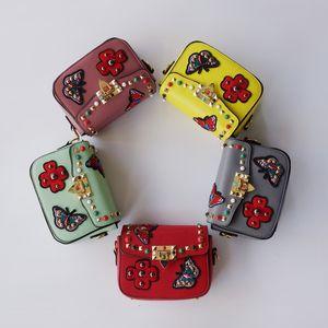 New Designer Leather Bag For Kid Girl Fashion Handbags Baby Stylish Tote Bags Women Mini Bag Brand Teenage Girls Shoulder Bags Rivet CM106