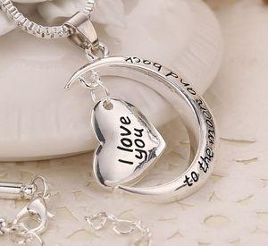 MIC 10pcs New Antique silver Silver Crescent Moon Heart Charm Charm, je t'aime à la lune et le collier arrière