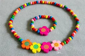 Girl Necklaces Children Toys Suits Children Four Flower Color Wood Bead Toys Baby Cute Flower Necklace Bracelet girl necklaces heart