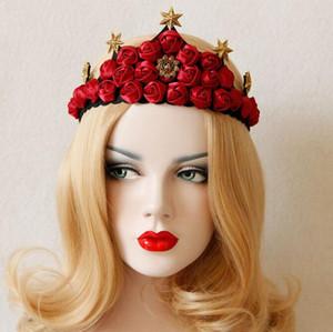 Gli accessori dei capelli di cerimonia nuziale della sposa della parte della sfera della corona di cerimonia nuziale della corona rossa della corona di Natale grande