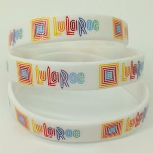 20 pc / lotto braccialetto rotondo del silicone di LuLaRoe di buona qualità intorno al braccialetto Braccialetto all'ingrosso caldo del silicone della stampa di abitudine delle ragazze bianche di vendita Trasporto libero del braccialetto