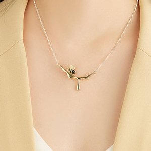 necklace925 Sterling Silver pendant Wholesale Jewelry lady Gift Agate Stone Gold plated honey bee necklace