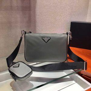 2021 best selling mens famous brand fashion shoulder bag wholesale wallet one shoulder messenger bag high quality nylon bag