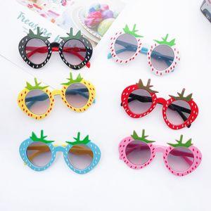 2021 Children Cute strawberry Sunglasses Kids UV Glasses Baby Fashion Colors Outdoor sunshade Boys Girls Eyewear