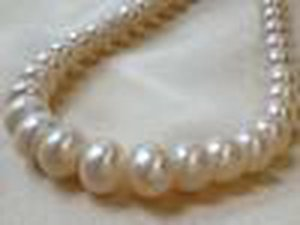 12 -13mm White Cultured Freshwater Pearls Round Button Loose Beads 15 Inches