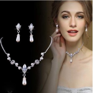 Water Drop Imitation Pearl Diamond Pendant Necklace Earrings Set Alloy Copper Grab Chain Personality Romantic Fashion Bridal Jewelry