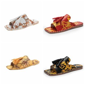 Vintage Baroque Womens Slippers Tide Tassel Design Slide Sandals for Women Summer Fashion Outdoor Beach Shoes Flat Slipper Sandal