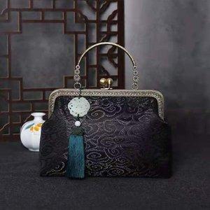 Totes Tela hecha a mano Retro Bordado Crane Pattern Ladies Handbag 2021 Algodón Impreso Cheongsam y Viento Bronceando Estilo Chino
