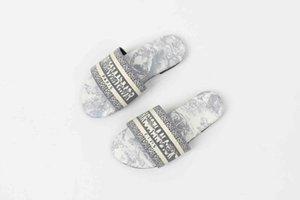Детские песчаники 2021SS тапочки новые дизайнерские детские туфли мальчики Sandles Spot Детская обувь 26-35