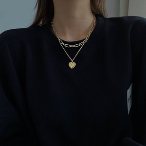 Necklace Choker Chain Vintage Necklace for Women Girl Buckle Ins Hip Hop Chain Love Sweater Pendant Jewelery