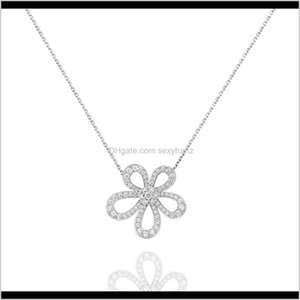 Collane Pendants Drop Consegna 2021 Diamante squisito Quattro foglie trifoglio Camelia Ciondolo Chapicle Catena Collana 18K Gold Fashion Classic