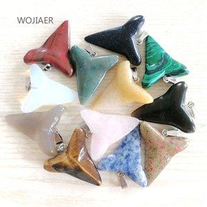 Wojiaer 10pcs / Lot Naturel Stone Opal Tiger Eye Shark Pendentifs dents Mélange Energie crue Collier à la main Femmes bijoux DBM010