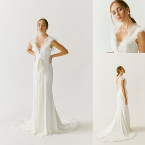 Covered Button Mermaid Wedding Dresses V Neck Sleeveless Ruffles Bow Chiffon Wedding Dress Sweep Train Bridal Gown