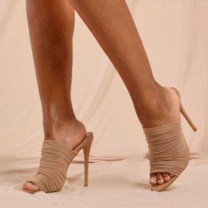 Светлый мягкий удобный дышащий воздушный сетка летние сандалии повседневная скольжение на женщин каблуки сексуальные 2021BIG Размер 43