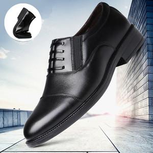 2021 بدلة جديدة ثلاثة أحذية جلدية مشتركة أحذية رجالي الزفاف أزياء رجالي مضخات البريطانية الأعمال عارضة أحذية رجالي الأزياء