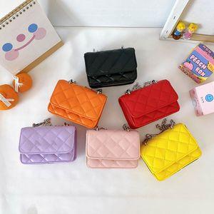 مصمم الأطفال حقيبة يد جديدة فتاة الأميرة بو سلسلة رسول حقيبة أطفال الأزياء سلسلة معدنية واحدة الكتف تغيير محفظة C6547 2242 Y2