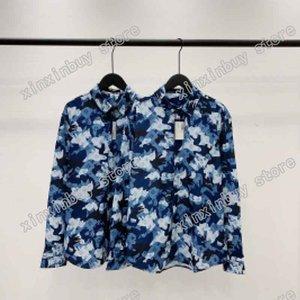 21ss Hommes Imprimé T-shirts Designer Camouflage Lettres Bleu Imprimer Vêtements Chemise à manches courtes Tag Étiquette Blanc Blanc Blanc