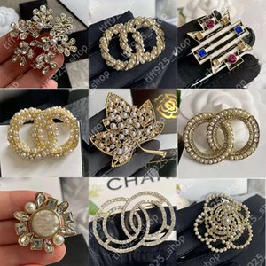 Fashion Diamond Designer Brooch Famous G Letter C Brooches Pin Tassel Women Luxury Pins Jewelry 0101