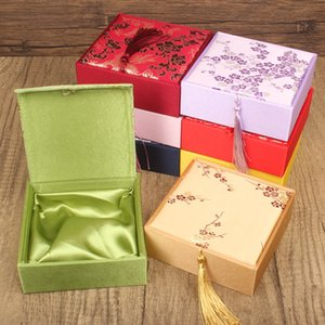 4pcs Large Tassel Chinese style Cotton Filled Gift Boxes for Jewellery Bracelet Square Silk Box with Jewelry Packaging Case Wholesale