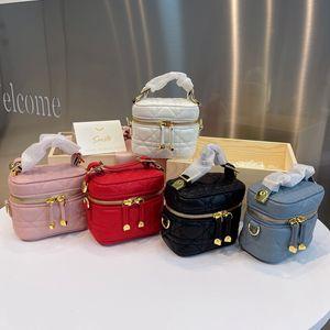 Франция Luxurys дизайнеры сумки 2021 высочайшее качество сумочка натуральная кожа D мини косметическая сумка плеча сцепления путешествия на открытом воздухе отпуск 11 * 7 * 10