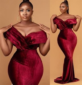 2021 Plus Size Arabic Aso Ebi Burgundy Mermaid Prom Dresses Deep V-neck Velvet Sexy Evening Formal Party Second Reception Gowns