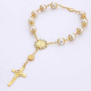 Perle de verre de 10 mm de 10mm avec bracelet de réceptacle Croix Catholique Rose Rose Bracelet Bracelet Bracelet Jésus