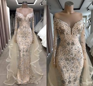 Luxury Pearls Beaded Evening Dresses Sheer Jewel Neck Crystal Beading Long Sleeves Sweep Train Prom Dress Mermaid Party Gowns