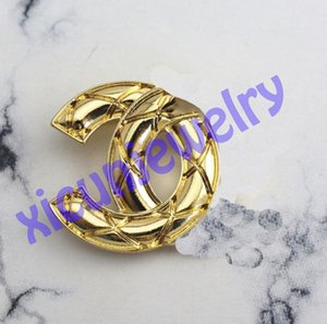 2021 Trend Open as C Diamond Brooch Bag Hanging Pins Decoration Coat Accessories Crystal Brooches Universal Fashion Statement Pin