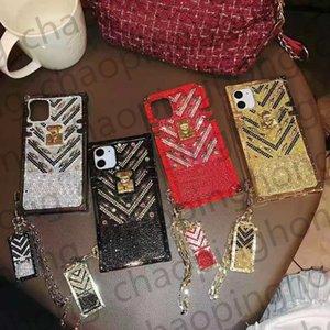 Роскошная женщина бриллиант горный хрусталь внутри письма телефонные чехлы для iPhone 12 11 Pro XR XS MAX 8 плюс золотой блеск с тегом
