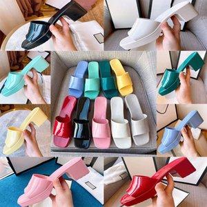 Женщина тапочка мода леди сандалии пляж толстые днище продают хорошо бывают тапочки платформы алфавит резиновые горки высокого каблука 01