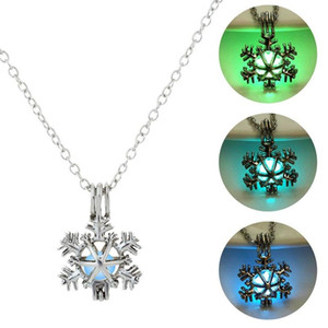 Chains Glowing In The Dark Pearl Pendant Necklace Charm Hollow Snowflake For Women Jewelry Nightmare Before Christmas