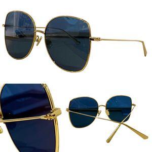 Summer Sunglasses For Women Cat Eye style stell-aire Bu Anti-Ultraviolet Retro Plate Metal Full Frame fashion Eyeglasses Random Box