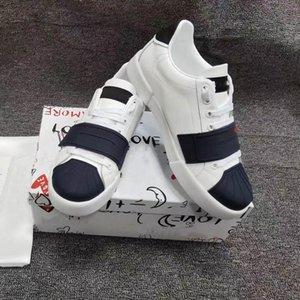 Erkek Luxurys Tasarımcılar Rahat Ayakkabılar 2021 Moda Ve Rahat Gerçek Dana Malzeme Dantel-Up Düz Alt Sneakers Boyutu 38-46
