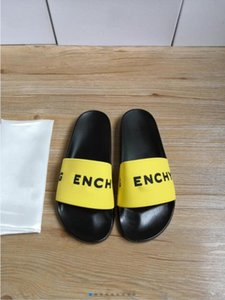 Men and women home indoor soft bathroom summer slippers designer rubber slippers high quality sandals flat white fashion female beach flip flops 36-45 size free boxed