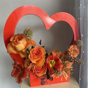 Paper Flowers Gift Packaging Box Cute Heart Shape Portable Flower Handbag Bag Wedding Party Florist Handy Case Wrap