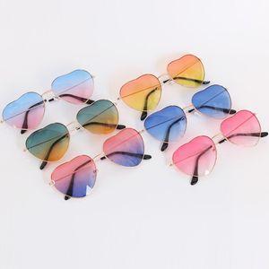 Kalp Şeklinde Güneş Gözlüğü Ince Metal Çerçeve Güzel Kalp Stil Moda Çocuk Çocuklar için Renkli Lense 1110 V2