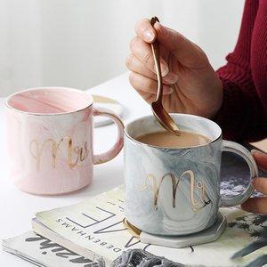 Tasses à café en céramique en marbre Lettre d'or Tumblers Couple Thème Thème Petit déjeuner Tea Tea Travel Tasses pour Valentin Day Wedding Cadeaux WLL-WQ603