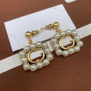 Fashion Pearl Charm Earring Luxury Letter Women Earrings Party Banquet Elegant Ladies Gorgeous Ornaments Ear Jewelry