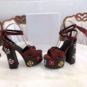 2021 леди женщины каблука14 см платформы высокий фирменный сандал каблуки на каблуках на каблуках печатать кожаный ремешок для лодыжки дизайнер индивидуальный сандал кожаный FWBWWK