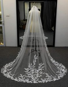 Bridal Veils Wedding 3D Flowers Floral Veil 1 Tier Long Cathedral Lace Edge Exquisite Elegant For Bride With Metal Comb