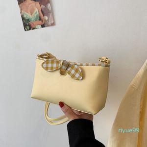 Messenger Bag Texture Underarm Handbags Summer Trendy New 2021 Fashion Law Pearl Small Square Meimu Chain Dmags