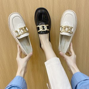 2021 spring and autumn shallow mouth single shoes black retro British style flat bottom