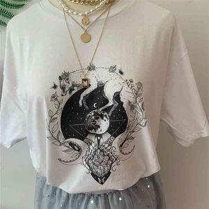 Fashionshow-JF Moon Child Fox Moon Crystal Printed T Shirt Women Short Sleeve Cotton Sailor Moon Fashion Street Style Outfits 210330