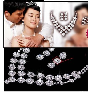 Fashion Crystal Bride Accessories Rhinestone Wedding Jewelry Sets with Necklace Earring Crown for Bride Bridal Wedding 608 K2