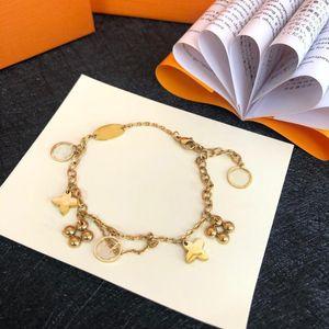 Moda Paslanmaz Çelik Mektup Altın Küba Link Zincir Kolye Gerdanlık Bilezik Kadınlar için Takı El Katalancı,